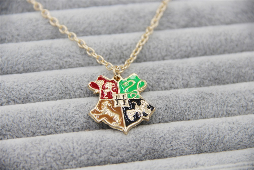 Fashion Gold Charm HP Hogwarts School Pendant Necklace Men Jewelry,original factory supply