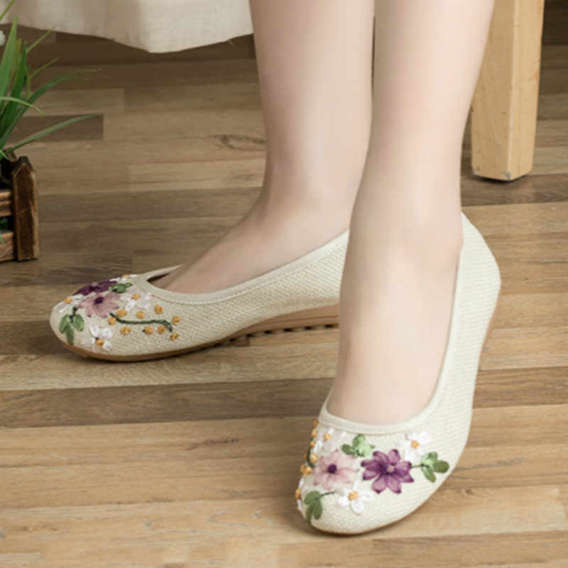 a4b42f69af59 ... Plus Size 41 42 Flats Shoes Women Loafers Flower Embroidered Ballerina  Flat Shoes National Style Boat ...