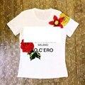 2017 bordado de la manera de Las Mujeres patrón de flores de algodón lycra Camiseta