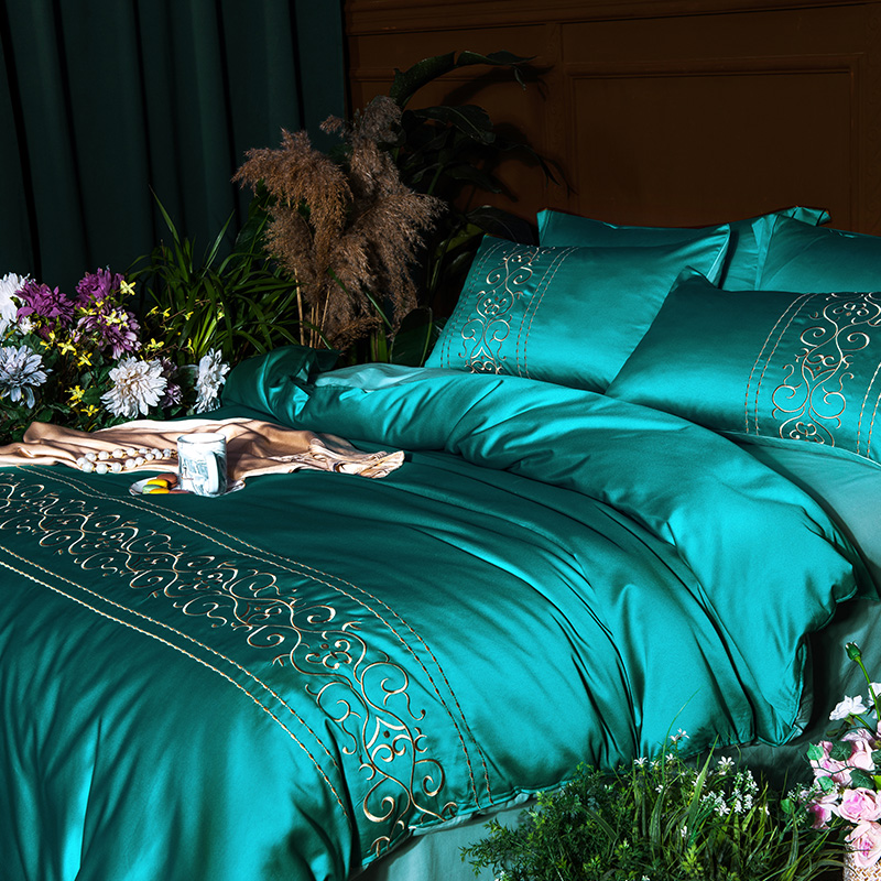 (4)  White silver cotton imitate silk luxurious Bedding Set queen king measurement mattress set Bedsheets linen Europe embroidery Quilt cowl set HTB10YWepb5YBuNjSspoq6zeNFXaX