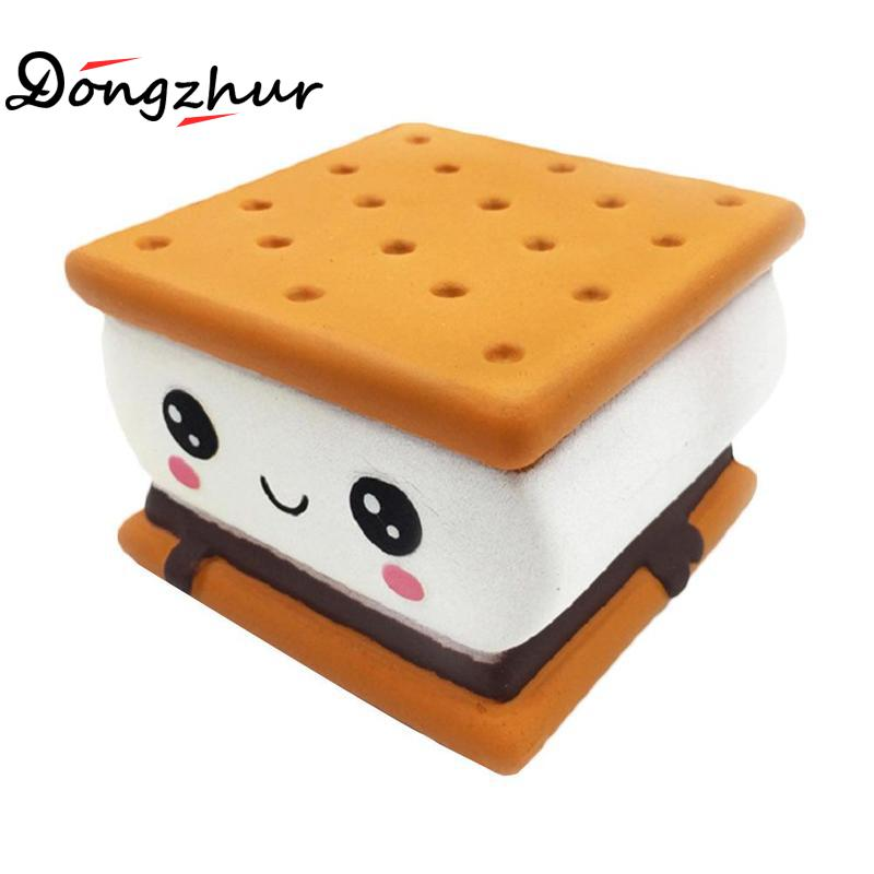 Cute Chocolate Sandwich Cookies Shaped Slow Rebound Squishy Toy Simulation Soft Food Children's Decompression Toy QWE9853A