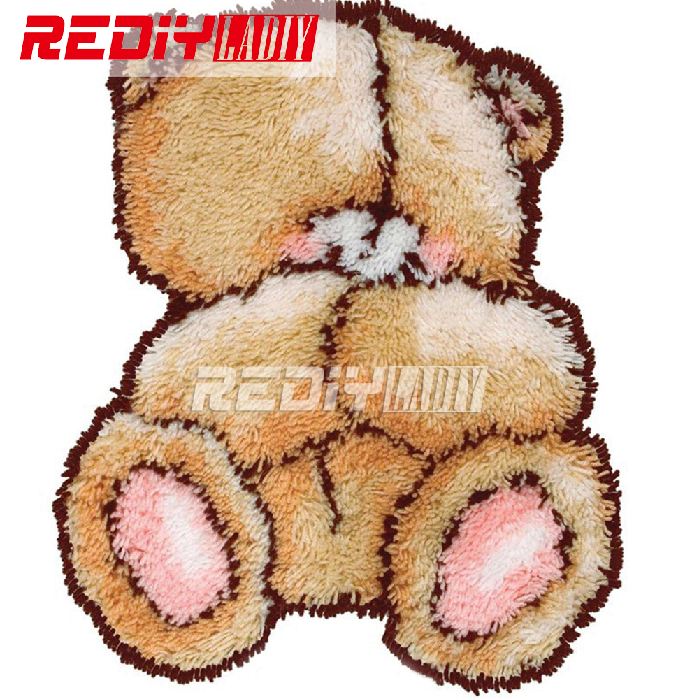 Latch Hook Rug Kits Cartoon Shy Bear DIY Needlework Unfinished Crocheting Rug Yarn Cushion Mat Embroidery