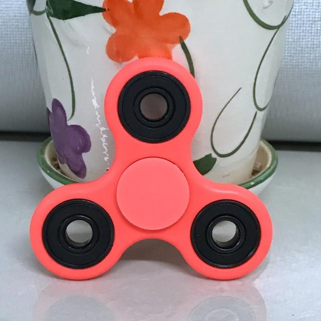 Luminous Solid Colir Fidget Spinner