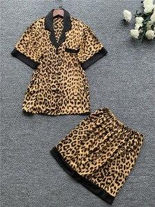Image 3 - Daeyard femmes soie Satin Pyjamas Sexy léopard boutonné chemises à manches courtes avec Short 2 pièces Pyjamas sommeil salon vêtements de nuit