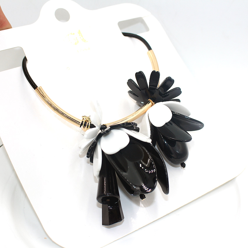 collares acrylic flower necklace ZHONGLV 2016 fashion chain ZA statement Necklaces women black leather long Necklaces