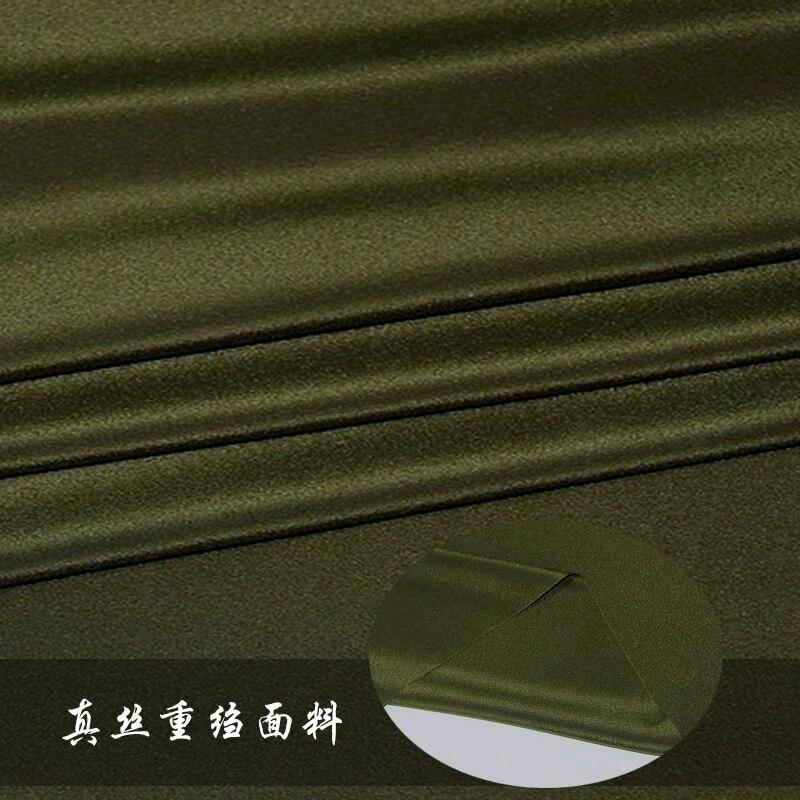 Tissu de crêpe de chine en soie lourde de couleur unie de haute qualité 26mm armée vert vêtements jupe robe en soie tissu en gros tissu de soie
