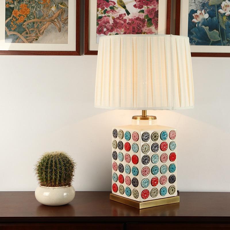 Роскошные современные Спальня настольная лампа Медь Гостиная украшения Abajur настольная лампа Керамика тела для Спальня Lamparas De Mesa
