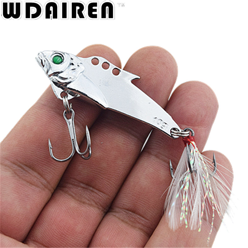1pcs 5cm 7.5g VIB Metal Fishing Lure Hard Baits Sequins Noise Paillette with Feather Treble Hook Tackle Spinner Spoon 6 colors sealurer 5pcs fishing sinking vib lure 11g 7cm vibration vibe rattle hooks baits crankbaits 5 colors free shipping
