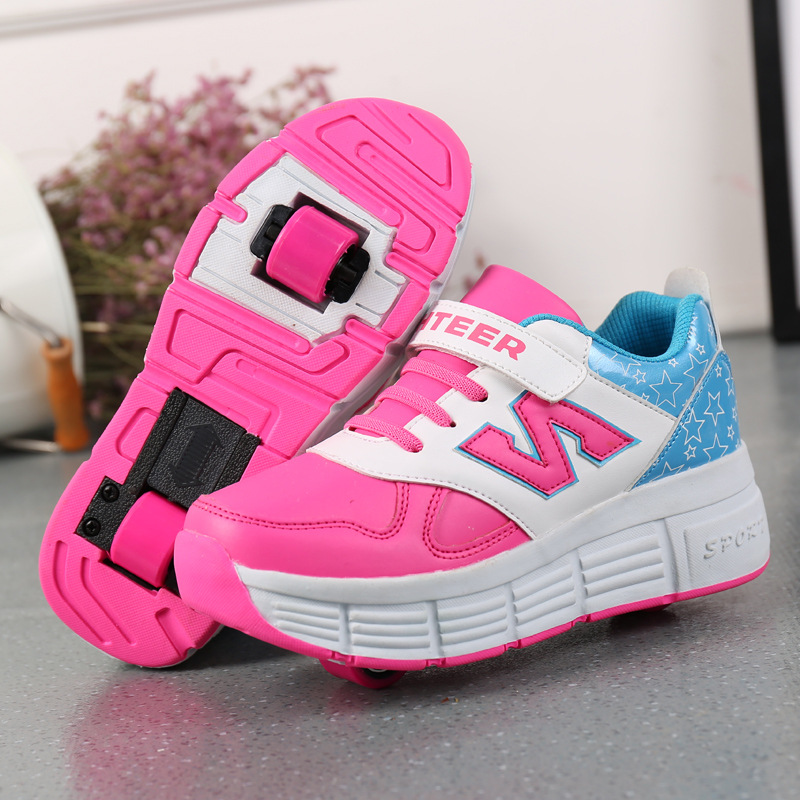 Children 's Roller Skatess Sneakers Boys and Girls Pulley Shoes with Wheels Adult Kid Shoes Invisible Buttons Auto-hide Wheel new 2016 child jazzy junior girls boys led light roller skate shoes for children kids sneakers with wheels