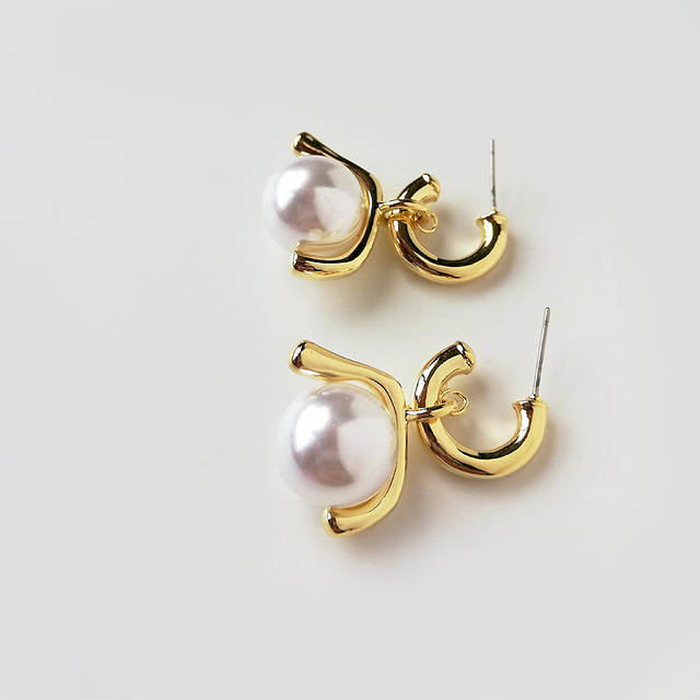 845adfc757ccd US $2.73 29% OFF|GHIDBK Baroque Gold Pearl Hoop Earrings For Women Simple  Open Circle Earrings with Hanging Ball Chandelier Small Hoops Earrings-in  ...