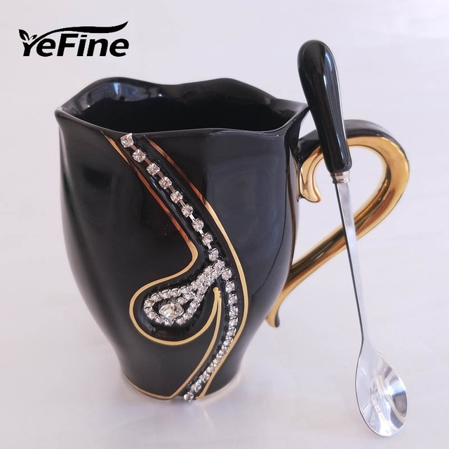 YeFine Ceramics Coffee Cups With European Fashion Design Creative Gift Lovers Cups 3D Ceramic Mugs With Rhinestones Decoration