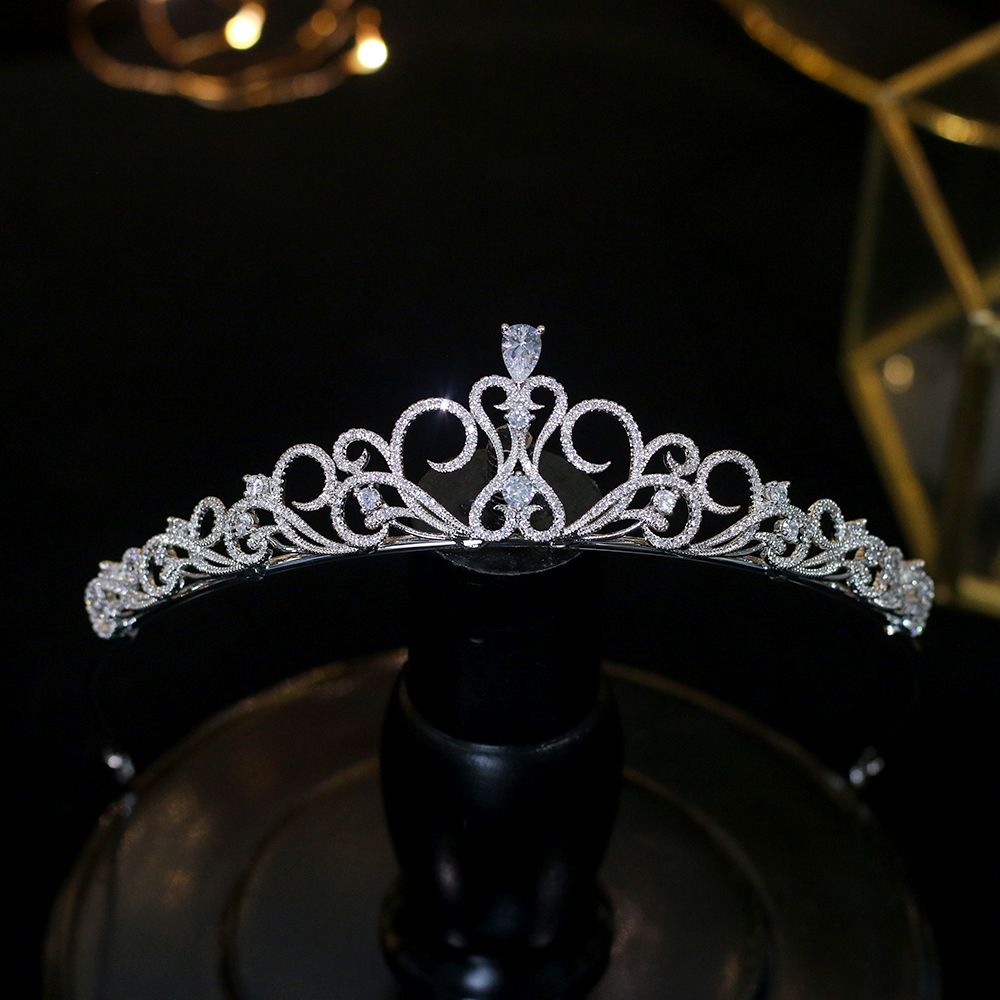 Exquisite and simple love princess headband cubic zirconia crown tiara wedding headdress handmade jewelry gifts