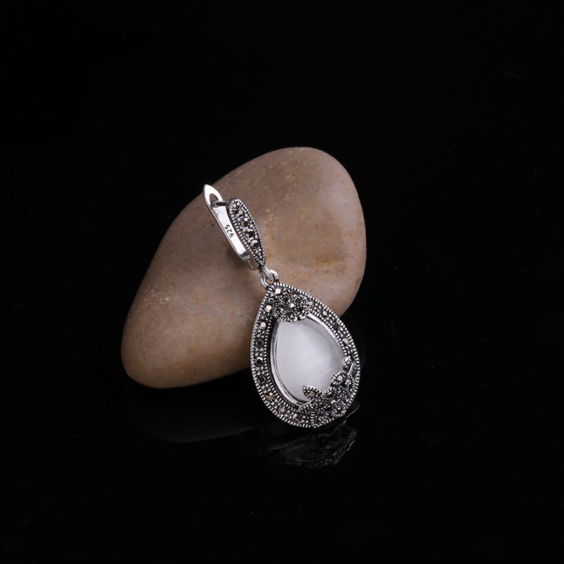HTB10ZYPPXXXXXcsXpXXq6xXFXXXX - Feelgood Vintage Silver Color Jewellery Big Water Drop Pendant Necklace Set Natural Stone White Opal Jewelry Sets For Women Gift