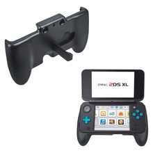 все цены на New For Nintendo NEW 2DS LL 2DS XL Console Gamepad HandGrip stand Joypad Bracket Holder Handle Hand Grip Protective Support Case онлайн