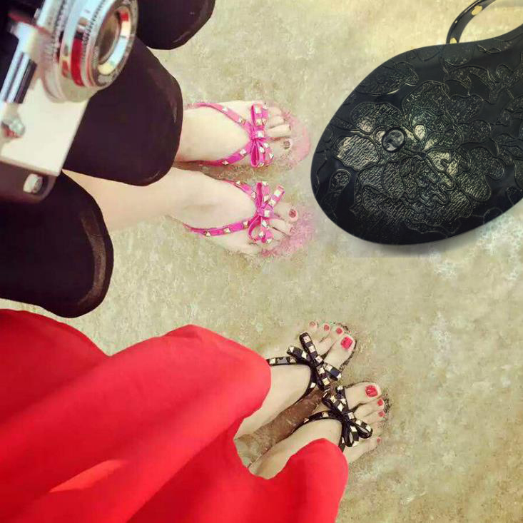 Summer fashion jelly flip flops beach shoes flat bow-knot rivets shoes anti-skid slides 2017 fashion melissa jelly rhinestones flip flops bow glitter sandals women stransparent flat single shoes