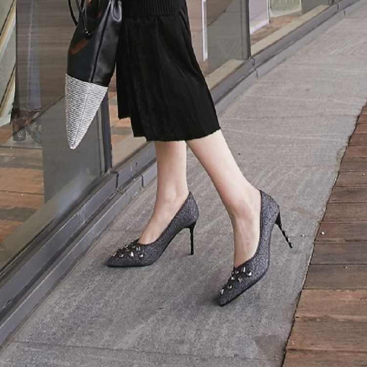 ขนาดใหญ่ขนาด 11 12 13 14 15 16 17 สุภาพสตรีรองเท้าส้นสูงรองเท้าผู้หญิงรองเท้าผู้หญิงปั๊มปากตื้น Fine เจาะน้ำแพคเกจส้นเท้า
