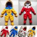 Traje para la nieve del bebé nuevos bebés varones invierno mamelucos capucha térmica patchwork niño traje para la nieve chaqueta de las muchachas abajo espesar jumpsuit