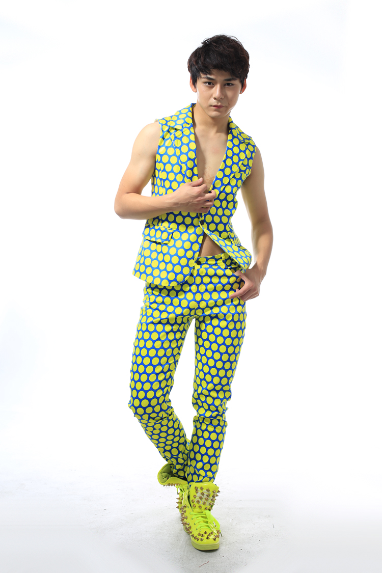 Men s Personality Yellow Dots Slim Suit Vest Pants Costumes Nightclub Male Singer Stage Dancer Performance
