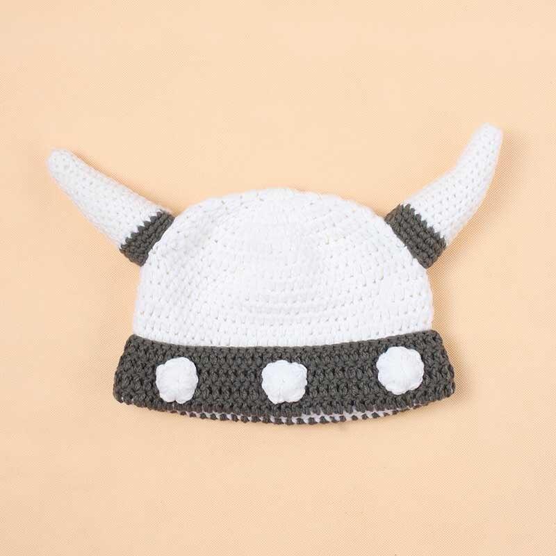 2017 new Funny Handmade Baby Kids Bonnet Crochet Winter Hat Cartoon Children Toddler Viking Horns Knitted Useful free shipping