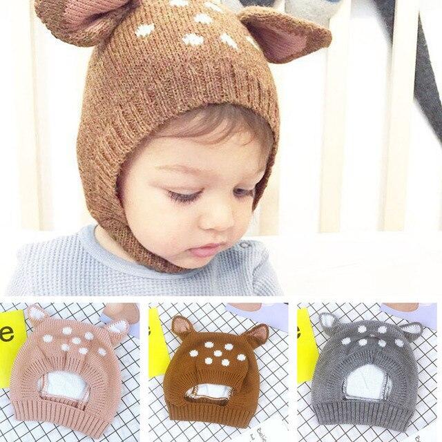 8923b7a40fdb2 Chapéu Da Menina do bebê Forma Bonito Cervos Knit Macio Gorro Com Orelhas  de Inverno Chapéus