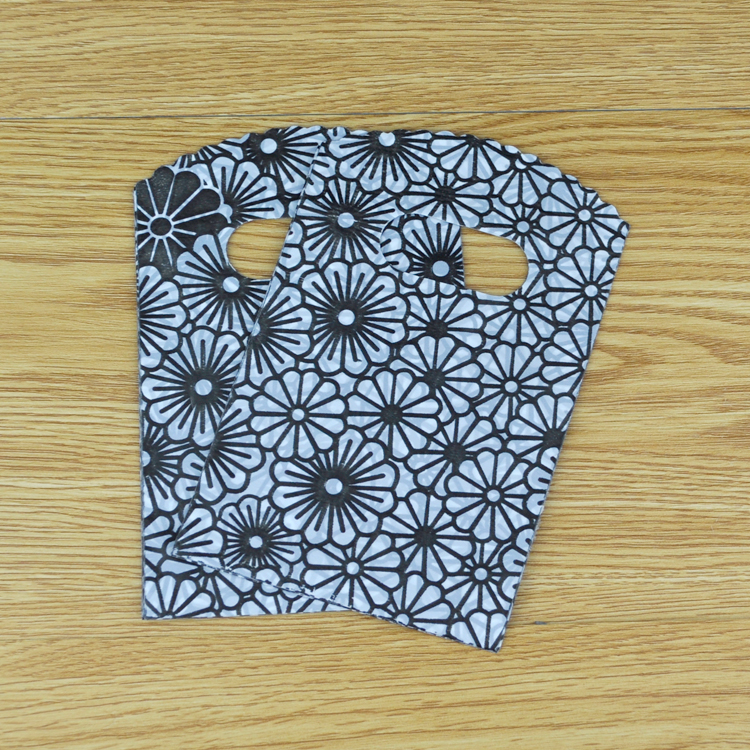 9*15cm 50pcs/lot small plastic bag black sunflowers jewelry packaging bag cute plastic gift bags shopping bags with handle