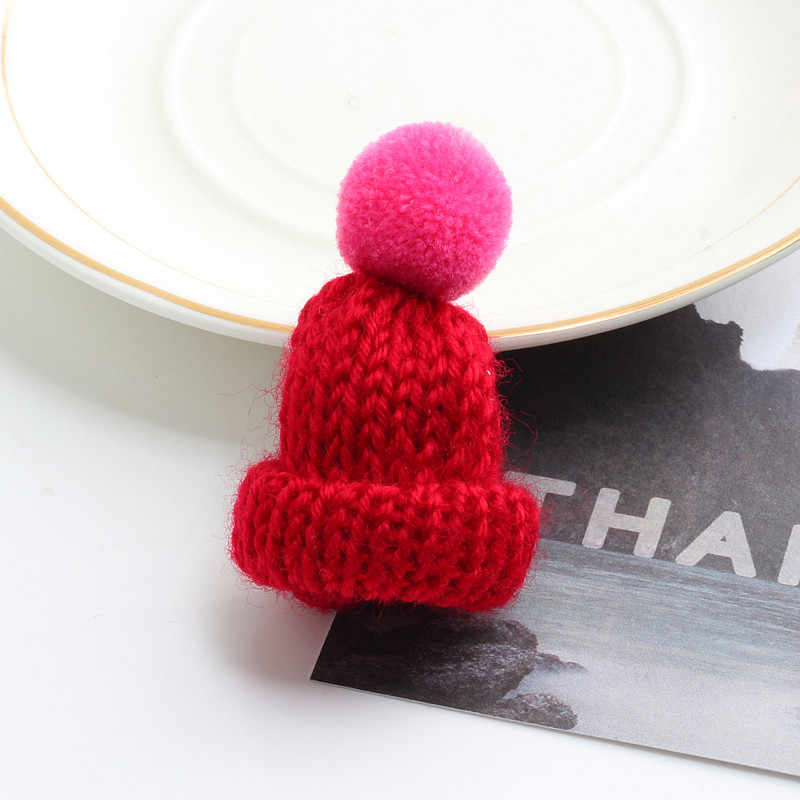 19 Color Cute Mini Knitted Hairball Hat Brooch Sweater Pins Badge Collar Clothes Accessories Creative Hats Pin Brooches Women