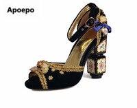 Apoepo Luxury brand design zapatos zuecos de las mujeres peep toe bombas flor decoración tacones altos bombas de encaje zapatos de las mujeres 2018 Retro estilo