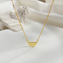 2019 New Fashion Real Silver Half Moon Pendant Necklaces 925 Sterling Silver Simple Moon Necklace Women Gift
