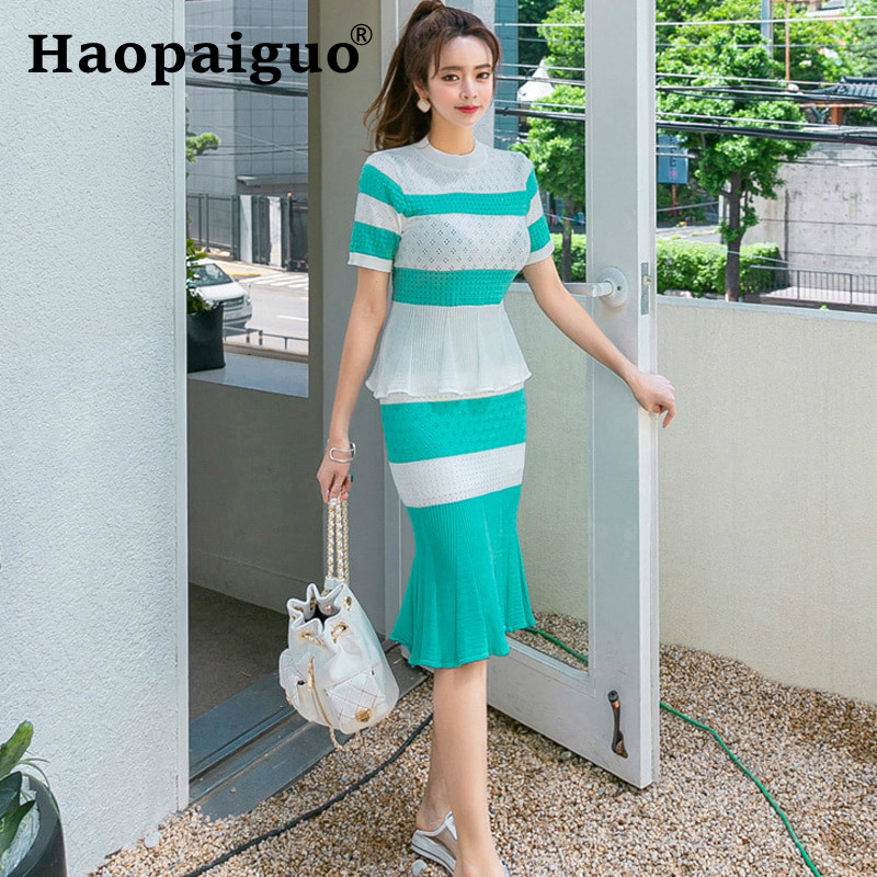 2019 Summer Modis Casual Streetwear Two Piece Set Hollow Out Knitted Blouse and Striped Midi Trumpet Skirt Suit