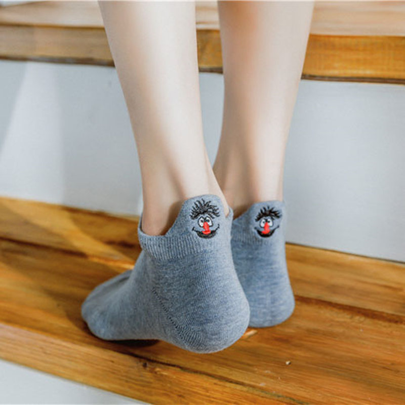 Lovely Womens Cotton   Socks   Solid Heel Smiley Face Embroidery Comfortable Breathable Novel Lady's Funny   Socks   Candy Colors