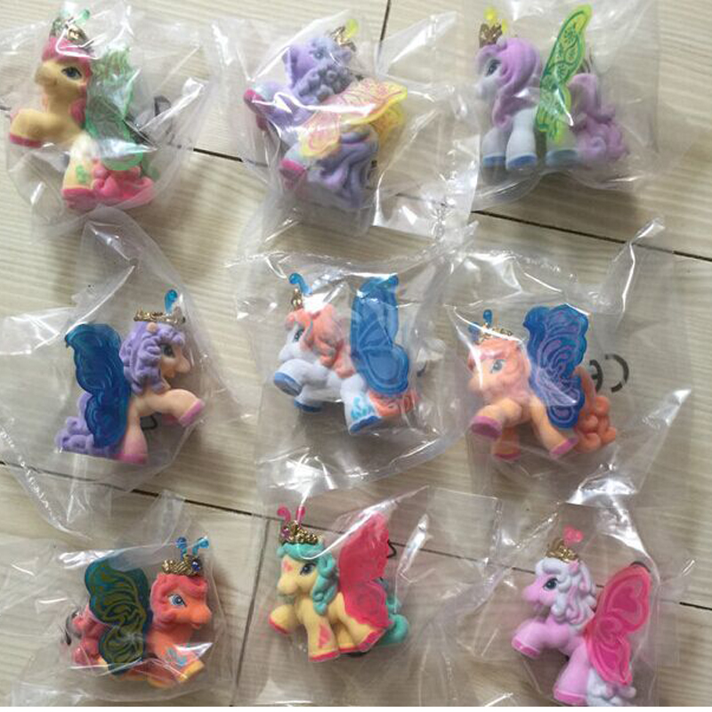 10PCS / LOT Hot Sale Bästa Gåva Barn Little Horse Dolls Mini Horse Toys Kids