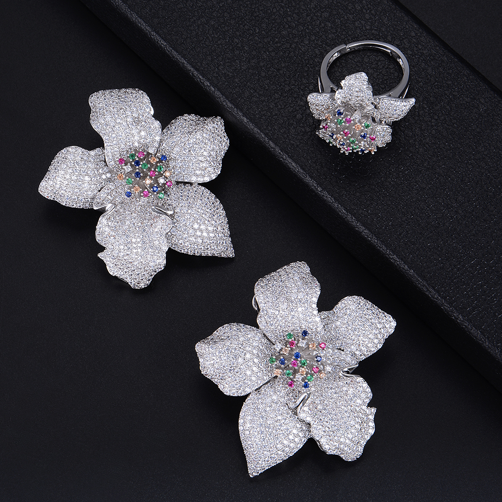 Fashion Big Flower Shape Three Tones Hollow Earrings and Ring Jewelry Set For Women Wedding Engagement Fashion Big Flower Shape Three Tones Hollow Earrings and Ring Jewelry Set For Women Wedding Engagement