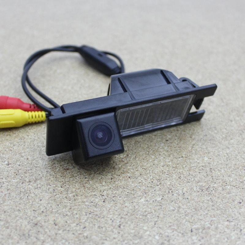 Lyudmila för Alfa Romeo 156/159/166/147 / Omvänd kameraautomat Backup Parkering Kamera Bakifrån Kamerans HD CCD Night Vision