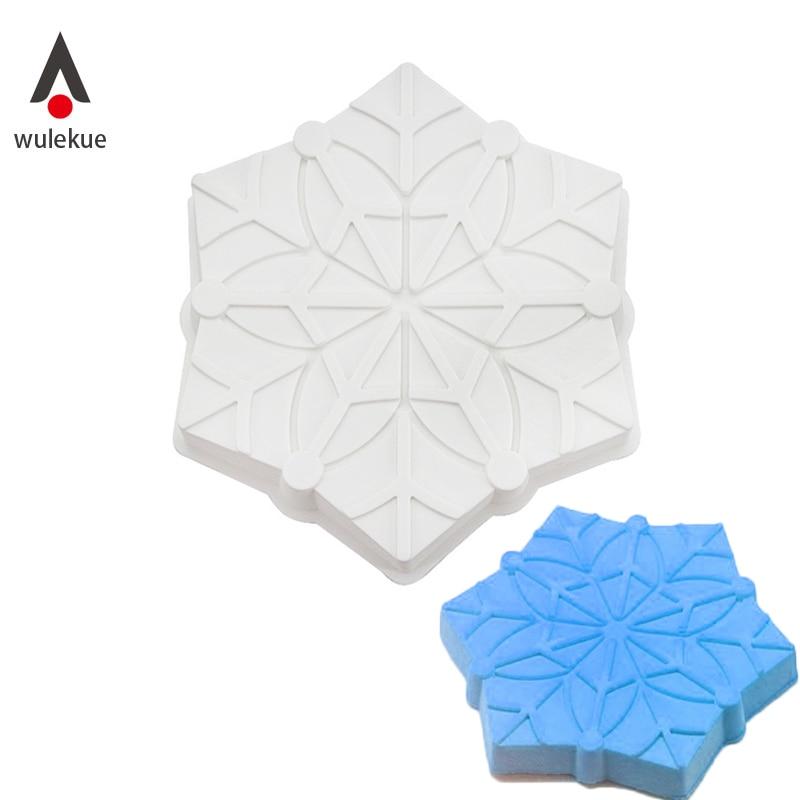Wulekue 1PCS Silicone Snowflake Christmas Cake Mold Decorating Baking Pan Tools For Mousse Cube Cakes Mould