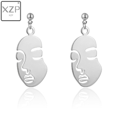 XZP Simple Abstract Art Earrings Face shape Sculpture Drop Earrings Personalized Statement Long Earrings Chain Earrings