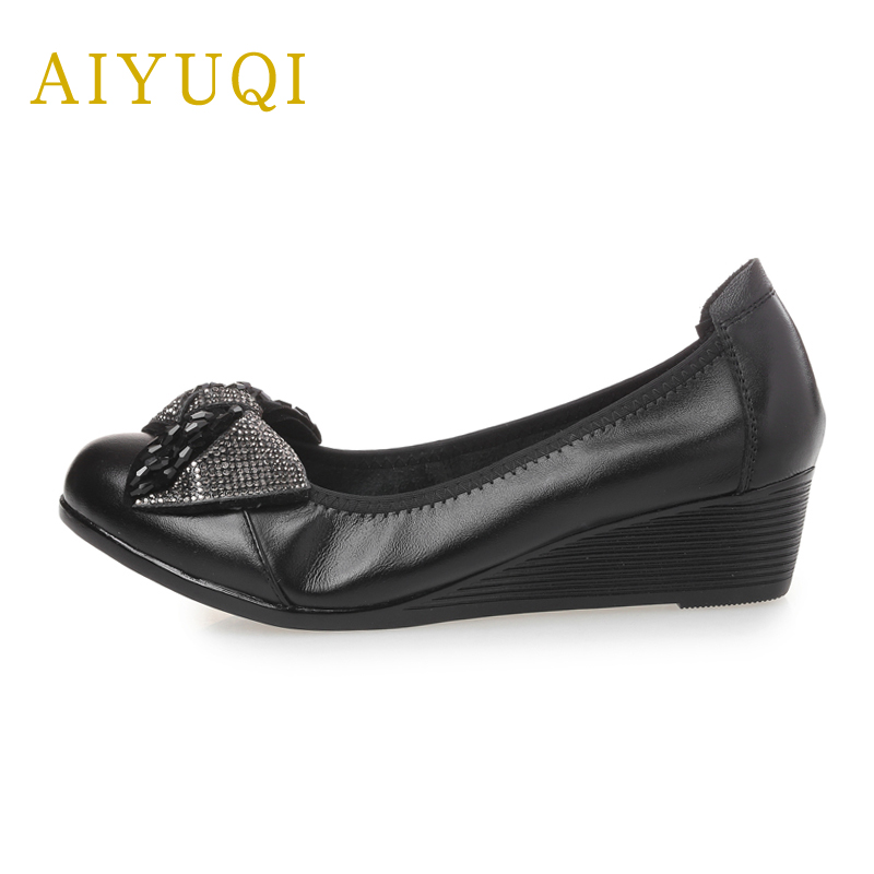 AIYUQI 2018 new spring genuine leather women shoes plus size 41 # 42 # 43 # ladies shoes wedge bow mother shoes women aiyuqi 2018 new spring genuine leather female comfortable shoes bow commuter casual low heeled mother shoes woeme