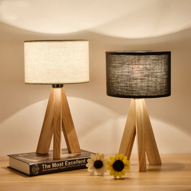 Kid's tripo wooden table light desk lamps for study children room bedroom wood desk light shade table lights Luminaria De Mesa