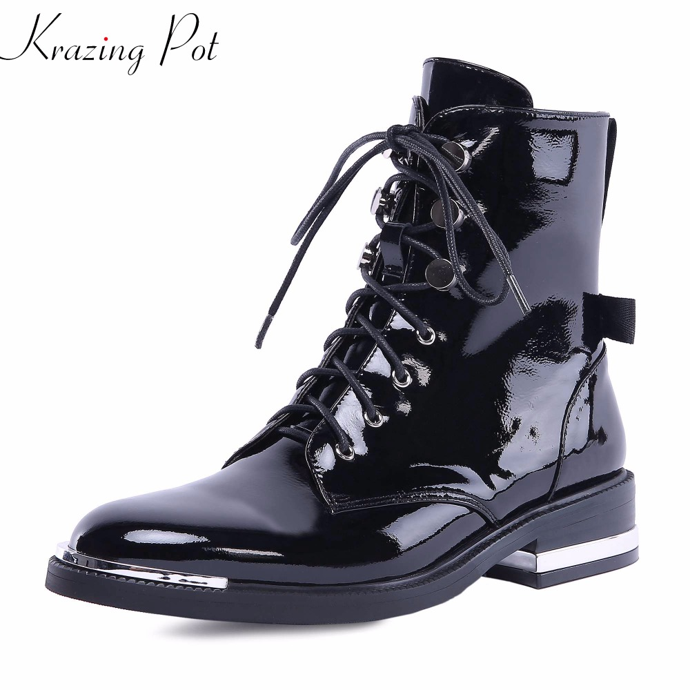 Krazing Pot 2018 genuine leather metal fasteners med heels European round toe lace up Chelsea rivets decoration ankle boots L0f3 krazing pot genuine leather 2018 round toe high heels metal fasteners motorcycle boots mature women round buckle ankle boots l26