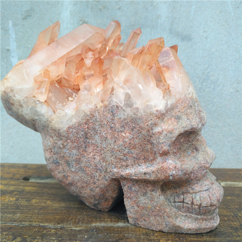 Natural  quartz crystal skull Natural  quartz crystal skull