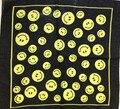Envío Gratis 2017 Nueva Moda Amarillo Cara de la Sonrisa y La Paz Bandanas Headwear Bufandas Cuadradas de La Bufanda Para Las Mujeres/de Los Hombres/niños