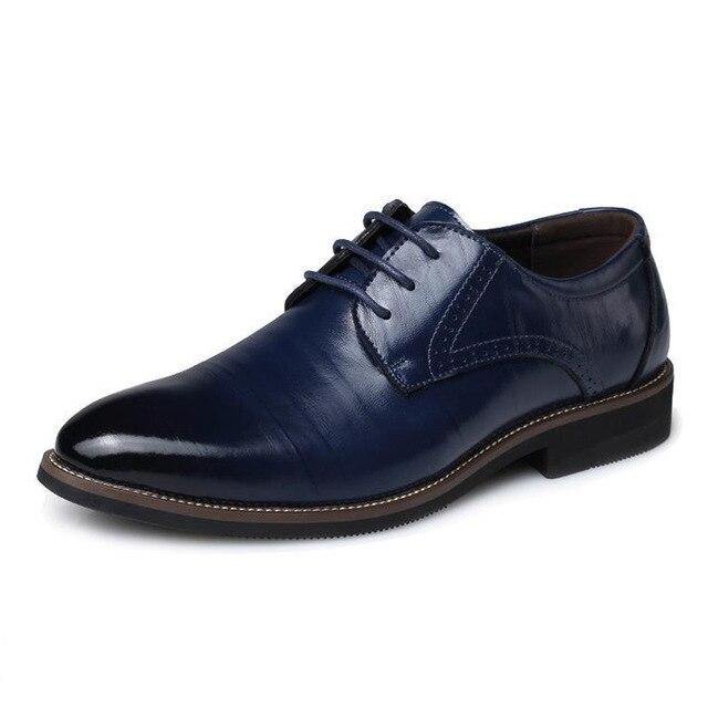 64467c32f65 Zapatos negros puntiagudos de negocios de cuero concisos de marca de lujo  para hombres