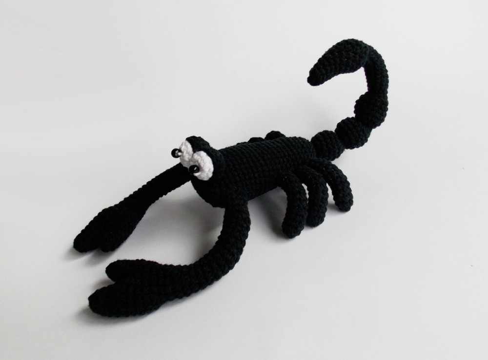 Crochet Toy Rattle Scorpion   Model Number  Wx001
