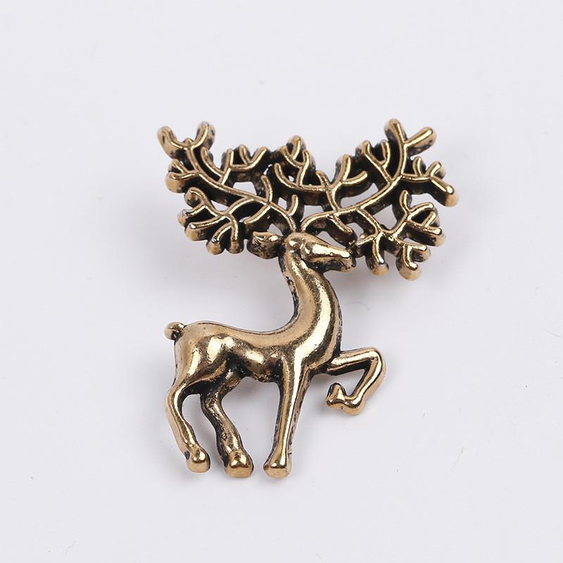 deer brooch pins1