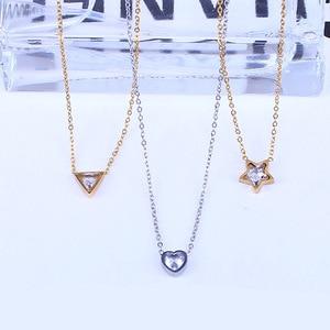 Женское Ожерелье с треугольным кулоном, чокер из нержавеющей стали с цирконом в форме сердца