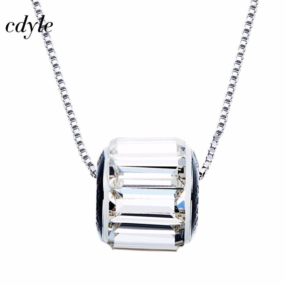 Cdyle orné de cristaux pendentif collier femmes pendentifs élégant mode autrichien strass pavé