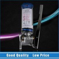 アルミ合金のポータブル手動タイプ潤滑グリースポンプ0.4lハンディポンプピストン油圧オイルタン