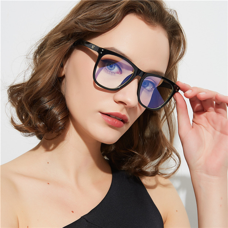 Anti Blue Ray Square Glasses Frame Women Men Transparent Optical Eyewear Vintage Blue Light Blocking Glasses Computer Goggle