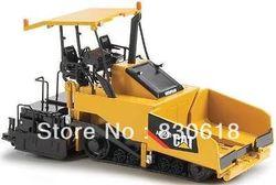 Гусеничный трактор Norscot AP655D, с навесом, 55258 1:50, новая игрушка