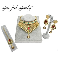 JUST FEEL India Kundan 3pcs Shiny Crystal Jewelry Set Exquisite Carved Dubai Gold Color Jewelry India Wedding Bridal Bijoux
