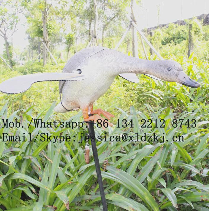 ФОТО Dc 12V Plastic Mojo Motorized Hunting Decoy Duck With Remote